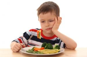 1歳~3歳 子供の偏食 食べない悩みを解決 最強の対策方法 混ぜ込む 見た目 食事を好きにするコツ