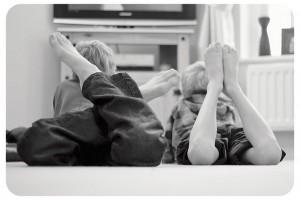 大人も必見 子供にテレビを習慣づけない本当の理由
