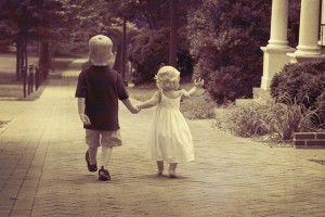 二人目育児は楽のうそ 子供が増えれば大変に決まってる
