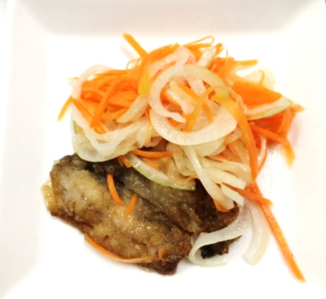 12月16日のごはん 800円以内 鯵フライの甘酢漬け キャベツと搾菜炒め ブロッコリーと舞茸の天ぷら
