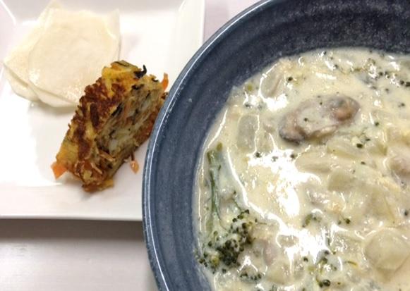 1月13日のごはん 1000円以内 牡蠣の豆乳スープ ひじき入り卵焼き 漬物