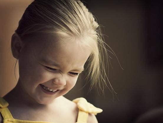 親がふざけると子供は笑う 単純明快育児のすすめ どうせなら楽しい方がいい