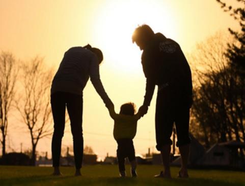 核家族での育児 1番賢い方法はこれだ 社会に1つだけ提案したいこと