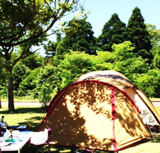 子連れ テントでキャンプ テントならではの便利グッズ 寝具 快適な過ごし方