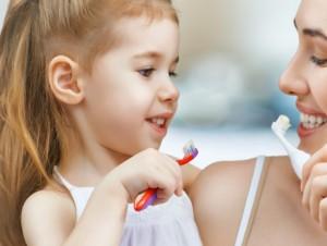子供の虫歯率が多い謎 歯磨き指導とフッ素に効果が無い その前に考えるべき最大の原因