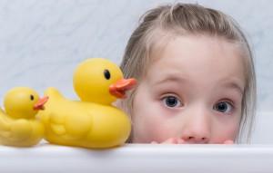 1歳~2歳児 子供がお風呂を嫌がる泣く時期の納得の克服方法