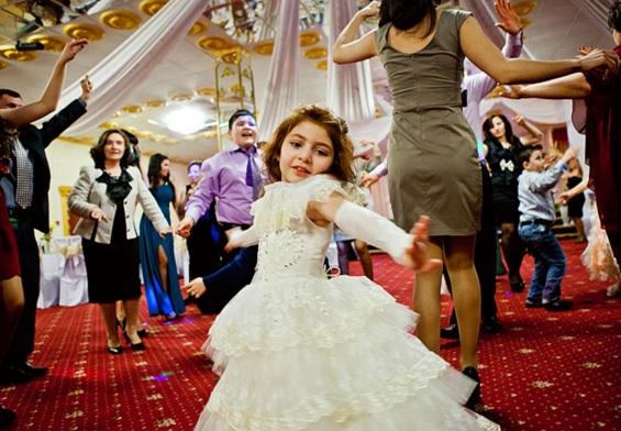 結婚式での子供のマナー 必須の心構え 事前準備 6つの必需品 子連れ参加は甘くない