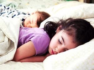 子供と別々に寝るタイミング 臨機応変に成長を楽しめばいい